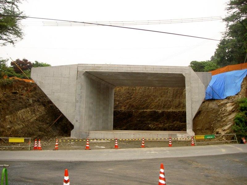 道路横断ボックスの施工例