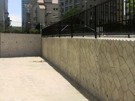 L型擁壁の施工例