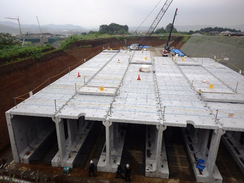 プレキャスト調整池の施工例