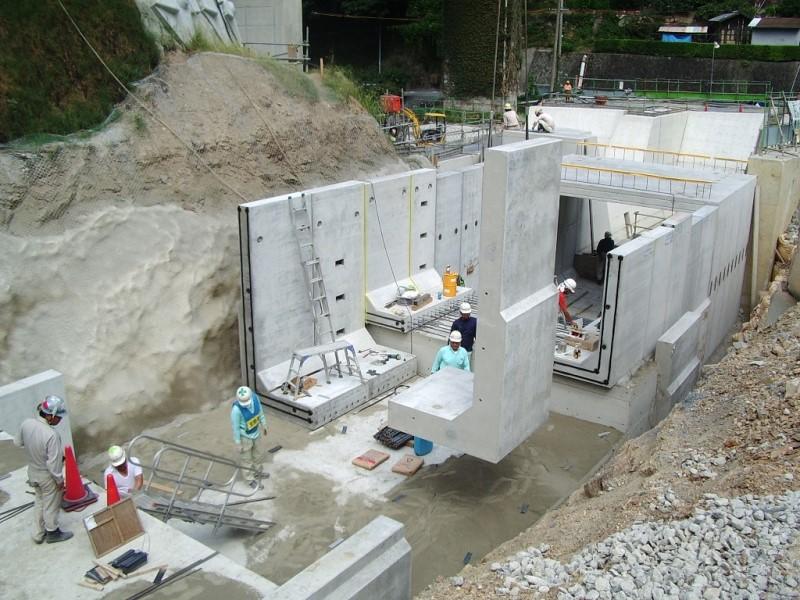 L型水路の施工例