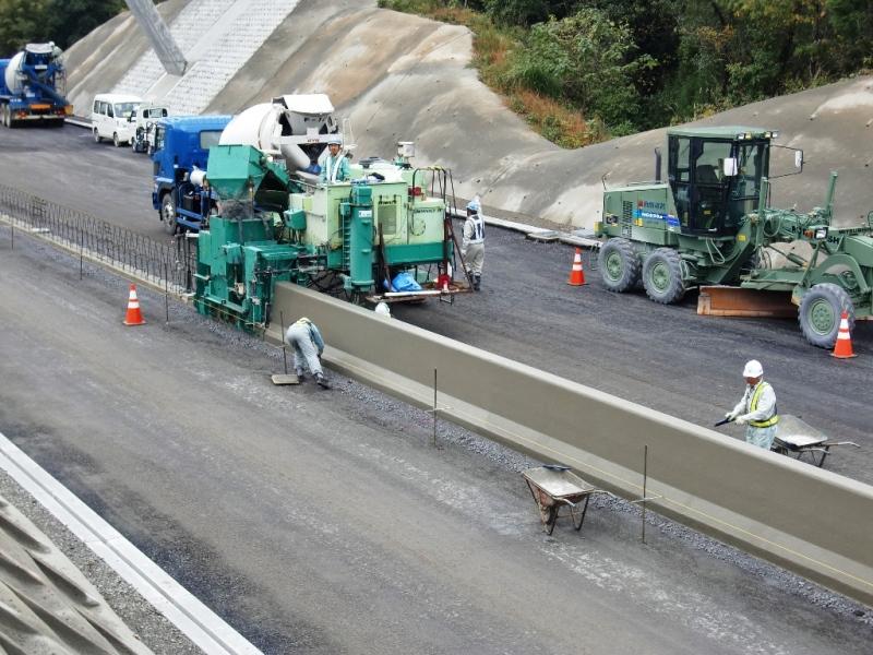 東九州自動車道 清武舗装工事