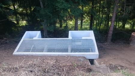 プレキャスト油水分離桝の施工例