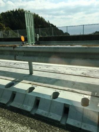 コンクリート縁石水路の施工例