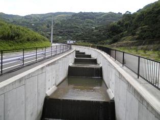 U型水路 ケイコン 製品・工法