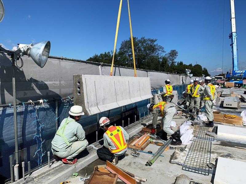 クイック壁高欄の施工例